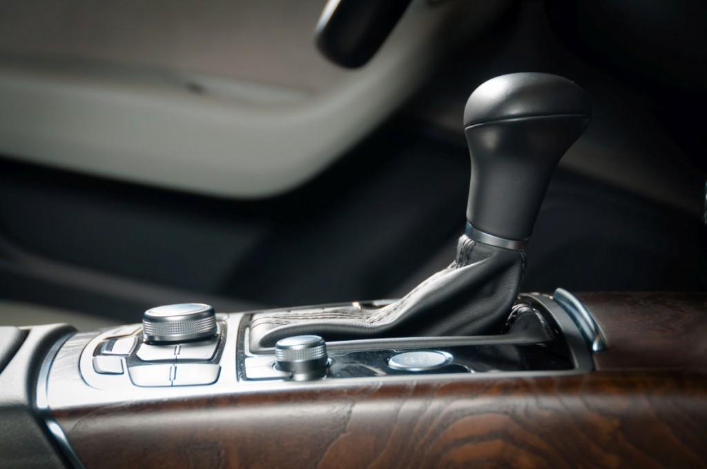 nowa skrzynia biegów do auta